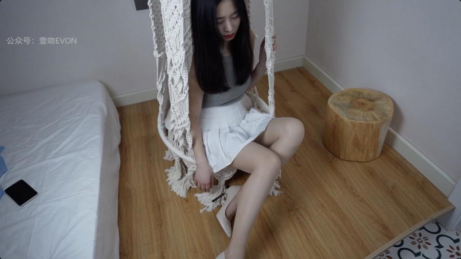 壹吻映画 Video YW016 春绿