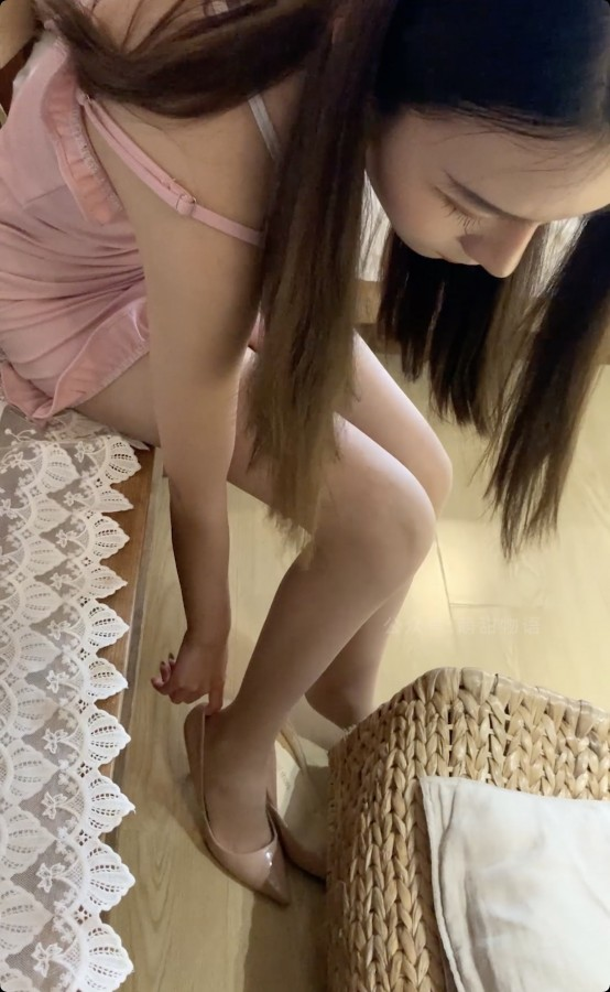 学妹加速跑 Video XM133 迷人粉色调