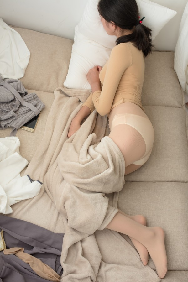 森萝财团 ALPHA-011 黄衣肉丝