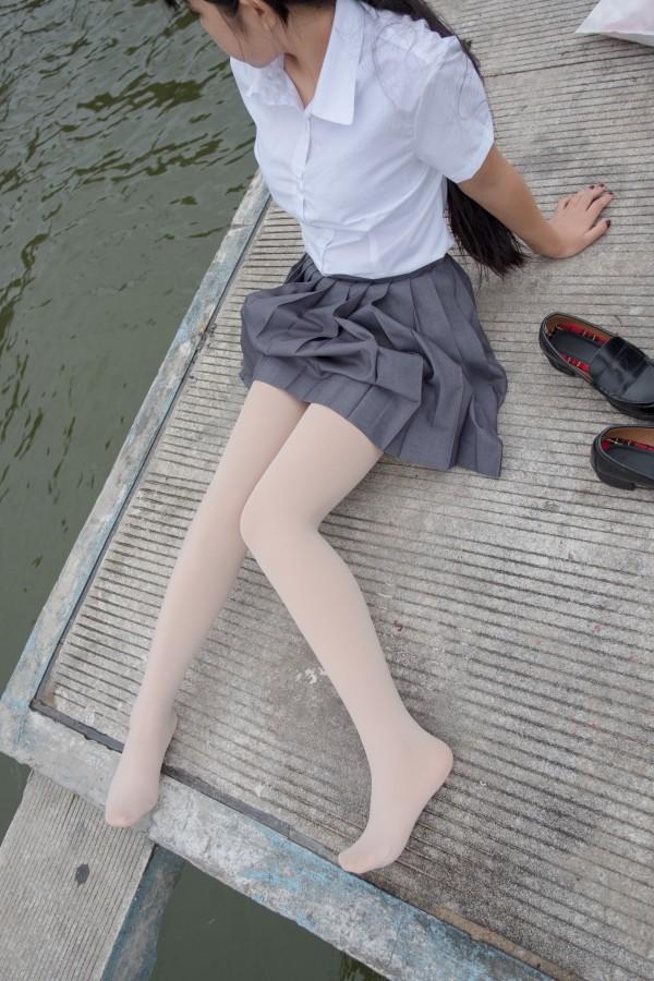 BETA-005 女生的白衬衣诱惑