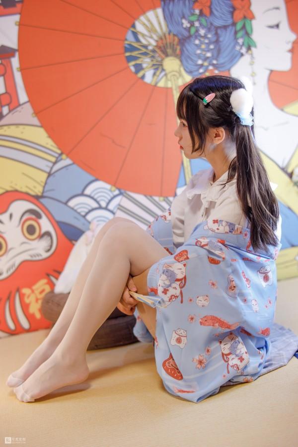 森萝财团 JKFUN-027 花里胡哨的民宿 5D白丝 默陌
