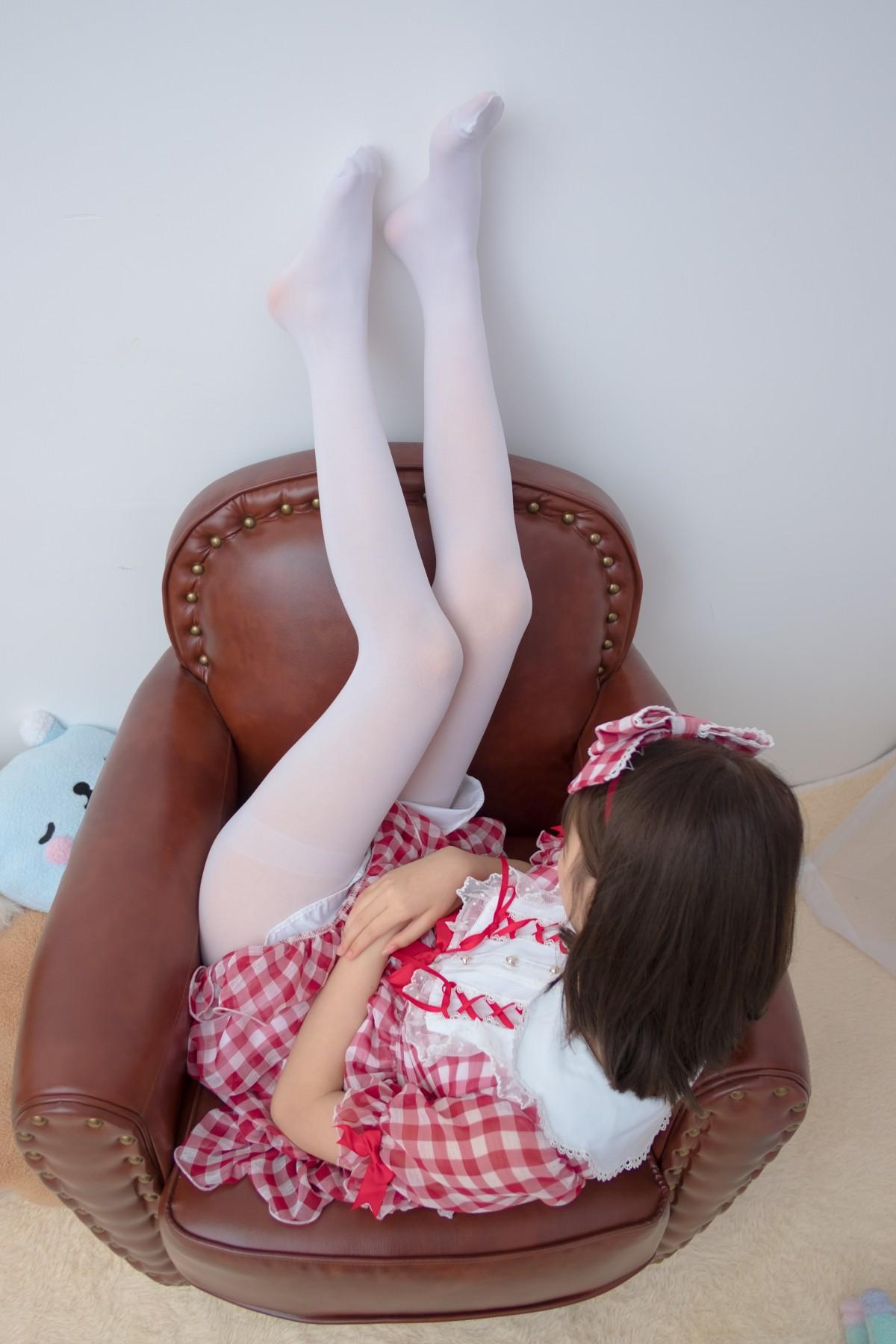 森萝财团 R15-011 红色格子裙白丝MM