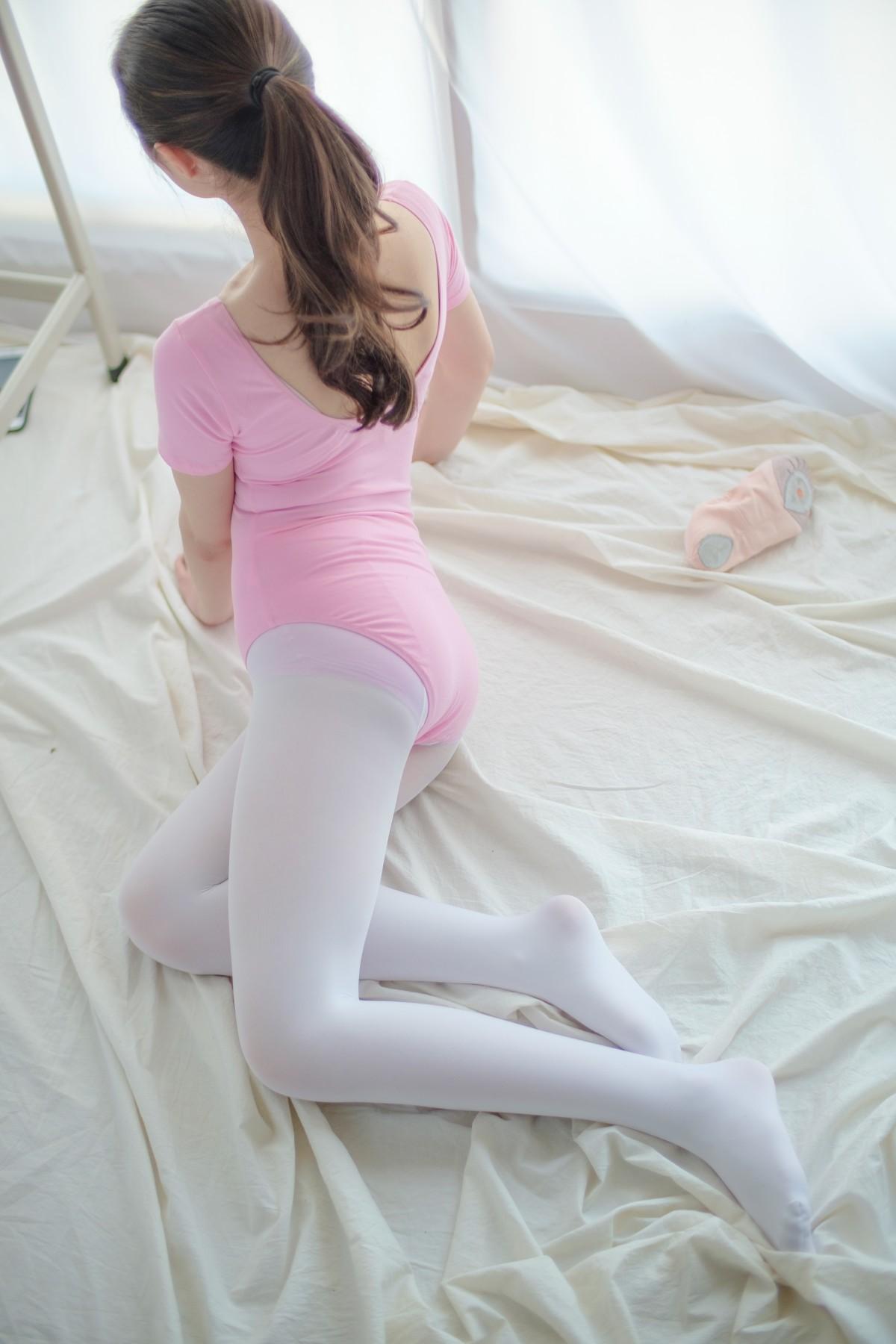 森萝财团 R15-012 白丝粉红少女