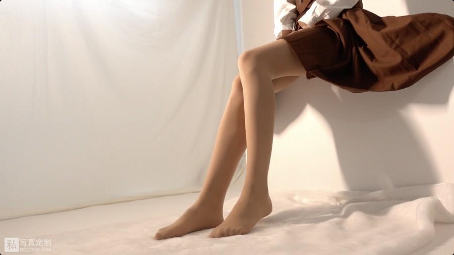 森萝财团 Video JKFUN-031 摄助习作-小梓 肉丝30D